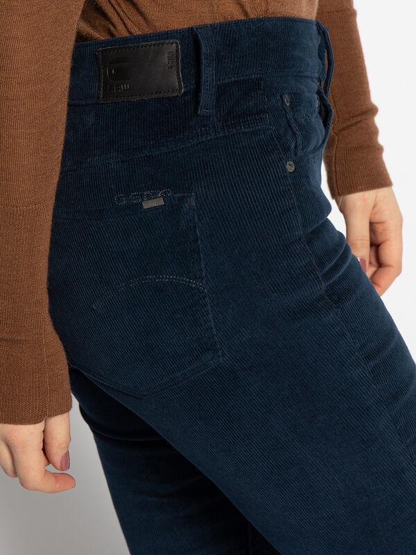 Pantalon en velours côtelé 3301