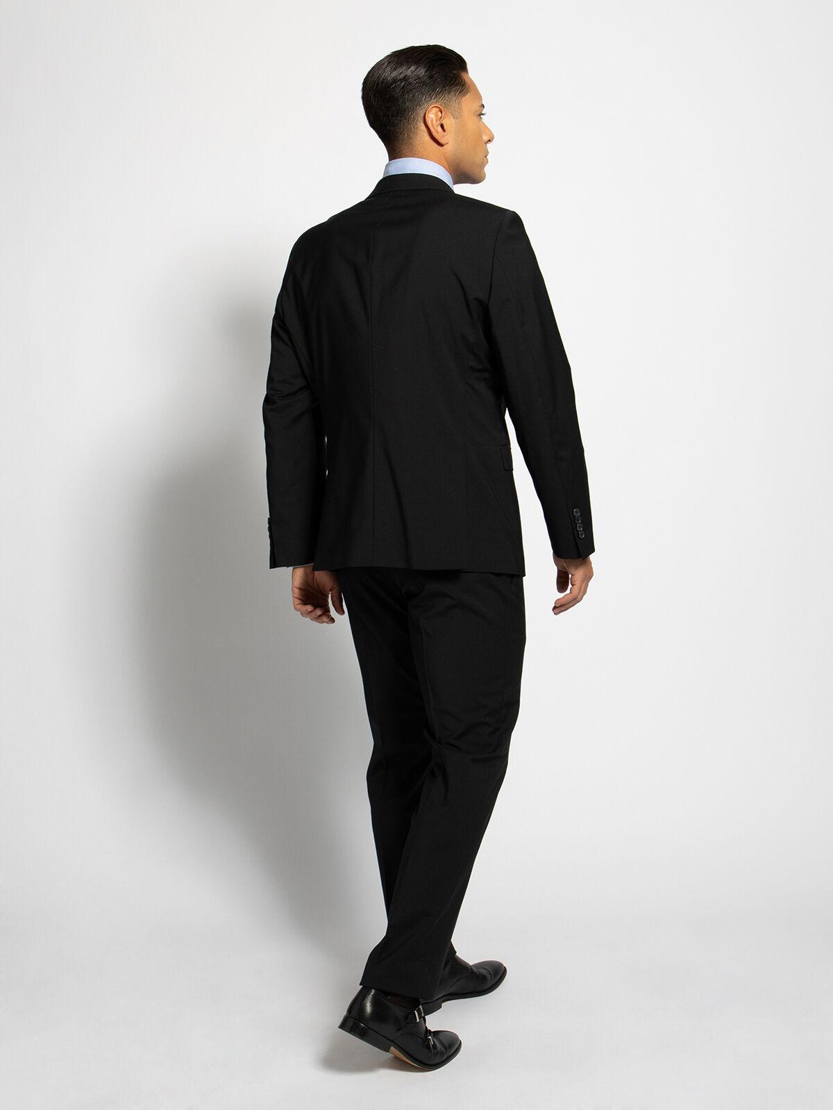 Costume Modern Fit